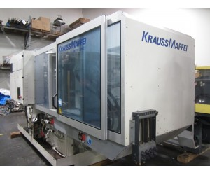 TK427 - Krauss Maffei KM110-390C1 Injection Molding Machine (2004)