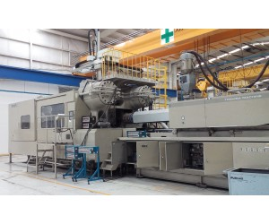 TK483 - Toshiba IS 2200DF-200A Injection Molding Machine  (2008)